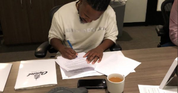 nobigdyl. signs record deal